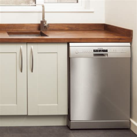 how do i install kitchen cabinets how to install appliances in solid wood kitchens solid