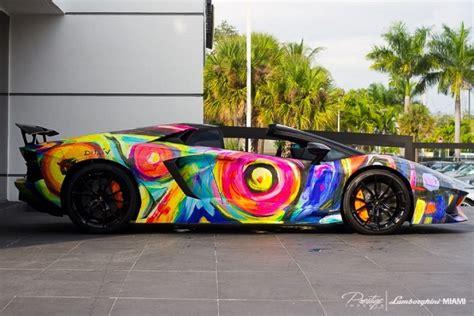 glow in the lamborghini lamborghini aventador roadster painted like a work of