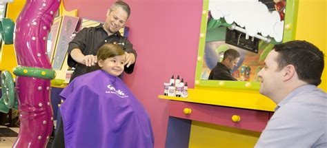 kids haircut from house party haircuts for kids parties fun snip its haircuts for kids