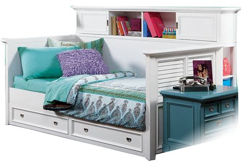cool daybeds cool bookcase daybed on bookcase daybed decoracion pinterest bookcase daybed ideaforgestudios