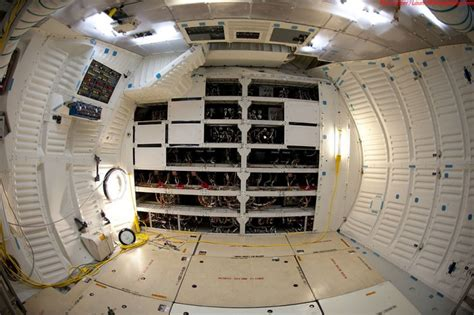 interior layout of space shuttle what the endeavour space shuttle looks like from the
