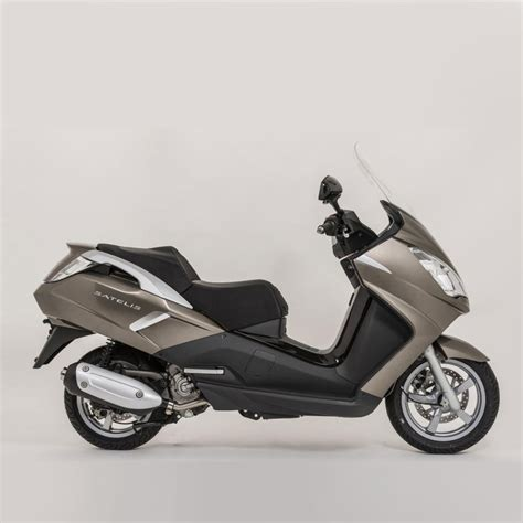 peugeot india mahindra imports 6 peugeot scooters to india shifting gears