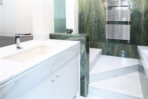 bagno marmo bagno con marmo foto bagno con rivestimenti in marmo di