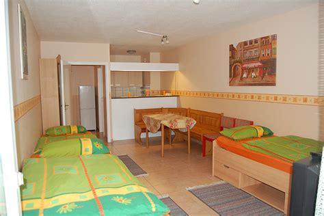 wohnung in neu isenburg unterkunft sch 246 ne ferienwohnung nahe frankfurt wohnung