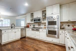 White Cabinet Kitchen by Buying Off White Kitchen Cabinets For Your Cool Kitchen
