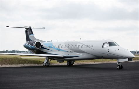 Interior Health Home Care Plane Embraer Legacy 650 Avis Aero