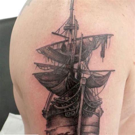 dessin bateau pirate tatouage mymymagma tatoueuse le mans tatouage au mans