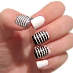 Toe nail designs black and white 30 striped nail designs and ideas