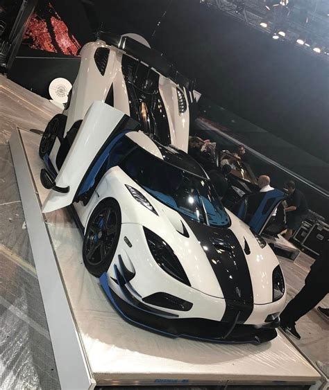 koenigsegg rs1 exotic koenigsegg agera rs1 at the new york auto show