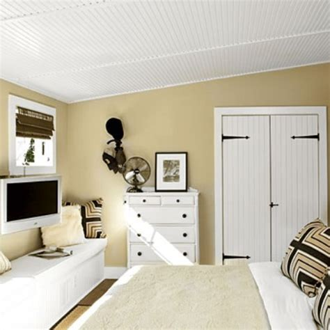 arranging furniture   small bedroom home design