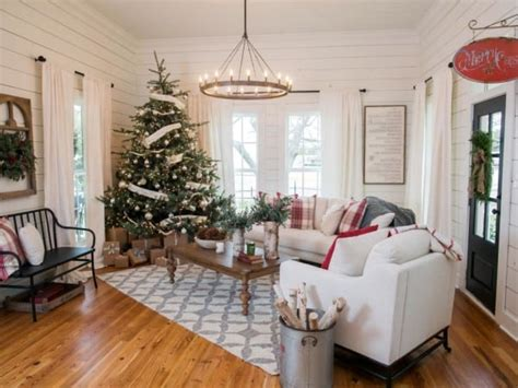 magnolia home decor fixer upper christmas decor inspiration