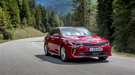 Kia Optima Styles Kia Optima Review And Buying Guide Best Deals And Prices