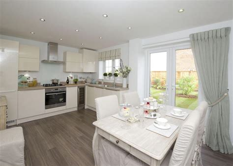 Show Home Dining Room by 3 Bedroom Detached House For Sale In Common Bungalows