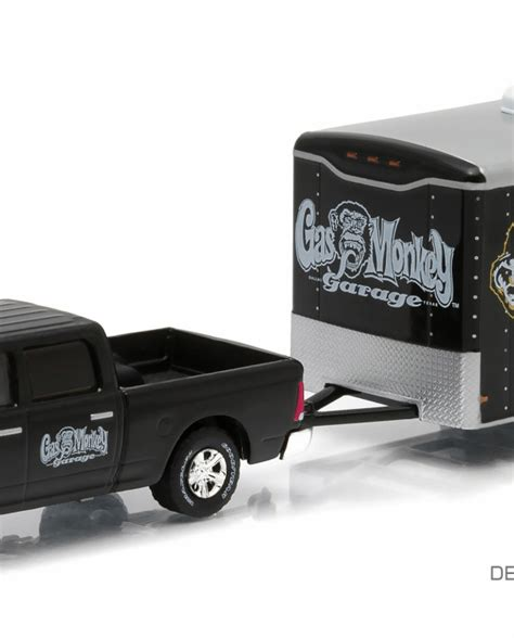 Greenlight Outs 2014 Ram I500 pre order greenlight collectibles 2014 ram 1500 enclosed