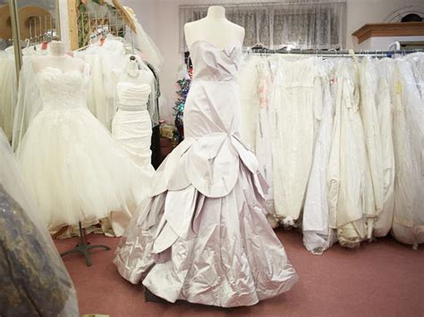 I Do Designer Bridal Consignment   Shopping in Dunning