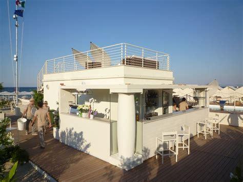 cabine stabilimenti balneari subissati realizza strutture per la spiaggia