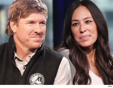 chip and joanna gaines fixer upper stars chip and joanna gaines will end show