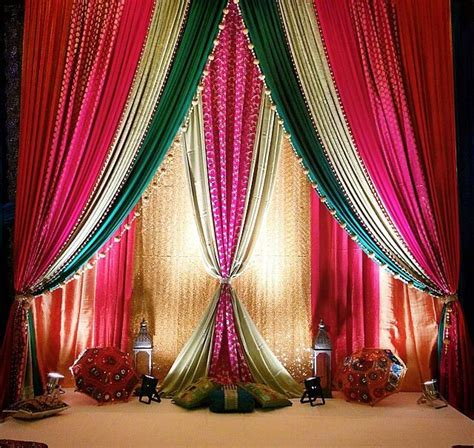 Home Ganpati Decoration by 17 Best Ideas About Wedding Wall Decorations On Pinterest