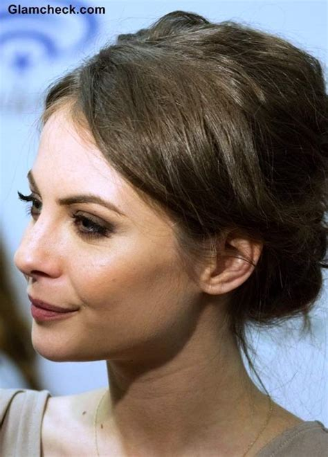 willa holland hair cut willa holland exudes elegance in all nude ensemble at