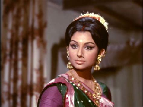 60s Tamil Heroins Hairstyle | old bollywood glam makeup hair tips the big fat indian