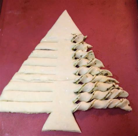 the cooks of cake and kindness christmas tree pastries