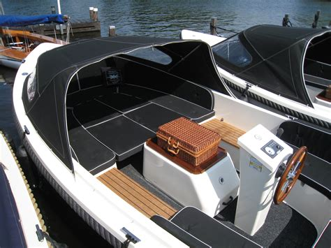 zeilboot abonnement tender sloepen huren sloep huren en zeilboot huren boten