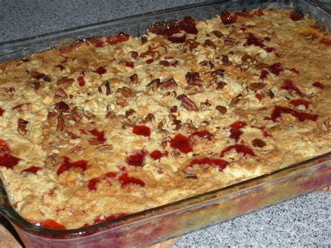 not a real housewife cherry pineapple dump cake