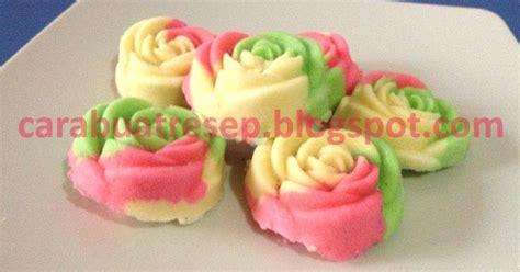 cara membuat kue bolu hijau cara membuat bolu kukus mawar santan lembut resep