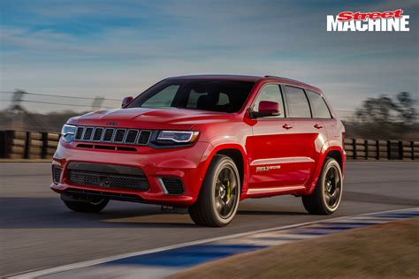 trackhawk jeep hellcat 707hp hellcat powered jeep grand trackhawk revealed