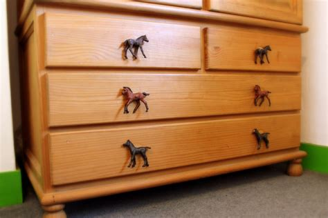 horse bedroom furniture horse cupboard drawer knobs for a girls or boys horse