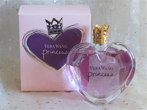 Parfum Vera Wang Princess perfume book