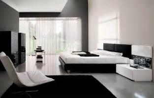 Tapezieren Ideen Braun Wei Schlafzimmer Dachboden Gestalten Kreative Deko Ideen Und