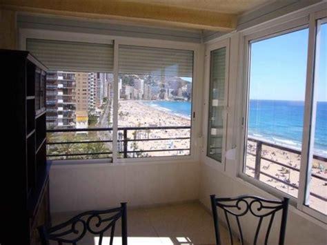 apartamentos en benidorm miramar playa  dormitorio