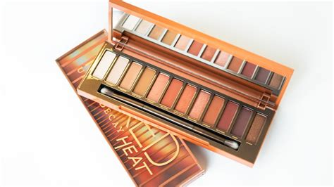 Decay Eyeshadow Pallet the new decay heat palette is