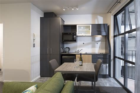 rent a room new zealand wellington serviced apartments quest atrium apartment hotel