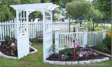 Crib Fence 7 creative ways to repurpose cribs
