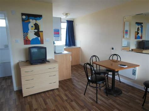 Apartment Review Chalet Picture Of Pontins Southport Park