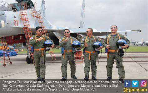 film thailand kepala terbang lihat panglima tni ajak kapolri terbang dengan sukhoi