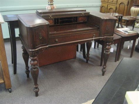 Antique Spinet Desk by Hekman Spinet Desk Vintage Antiques Vintage Retro Stuff
