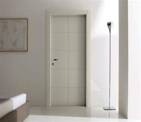 porte grigie tekna porta per interni in legno laccato grigio with
