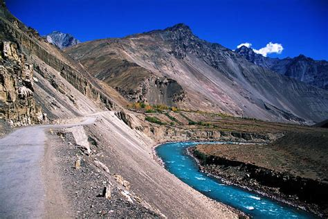 tabo   places  visit  himachal pradesh top