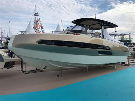 invictus  gt power    boats  sale