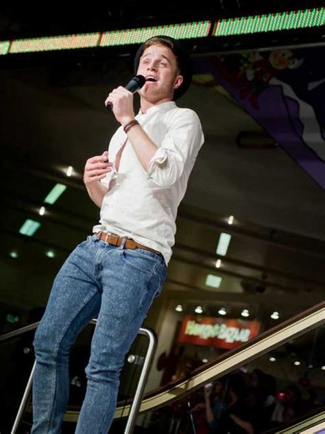merry hill christmas lights olly murs at merry hill