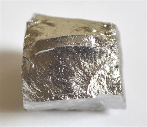 color of nickel the magnetic metals that color gemstones