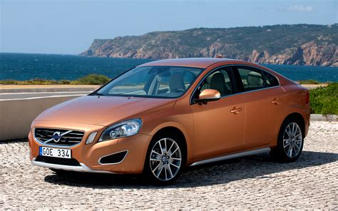 auto volvo 2011 volvo s60 reviews and rating motor trend