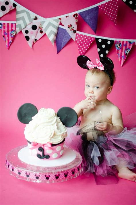 minnie mouse smash cake  cakes mickey st birthdays minnie mouse st birthday minnie