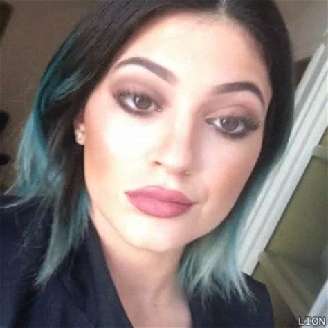 kylie jenner gifs find amp share on giphy