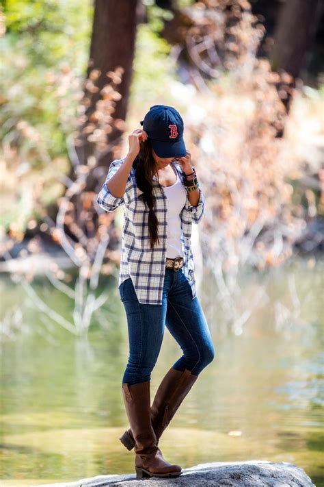 cute summer hiking outfit   casual summer hike