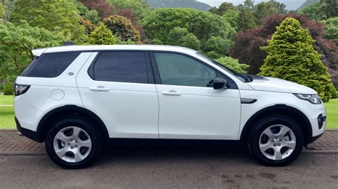 land rover discovery sport white used land rover discovery sport td4 white au17tzv