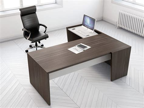 buronomic executive desk with right front infill facing